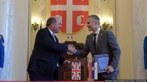 Великобритания пообещала «спасти» Сербию от «злонамеренного влияния России»